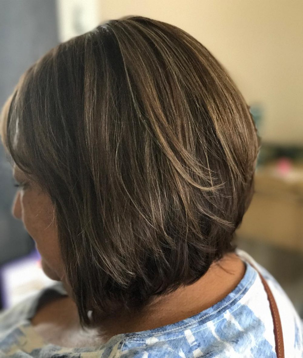 layered-graduated-bob-short-older-women