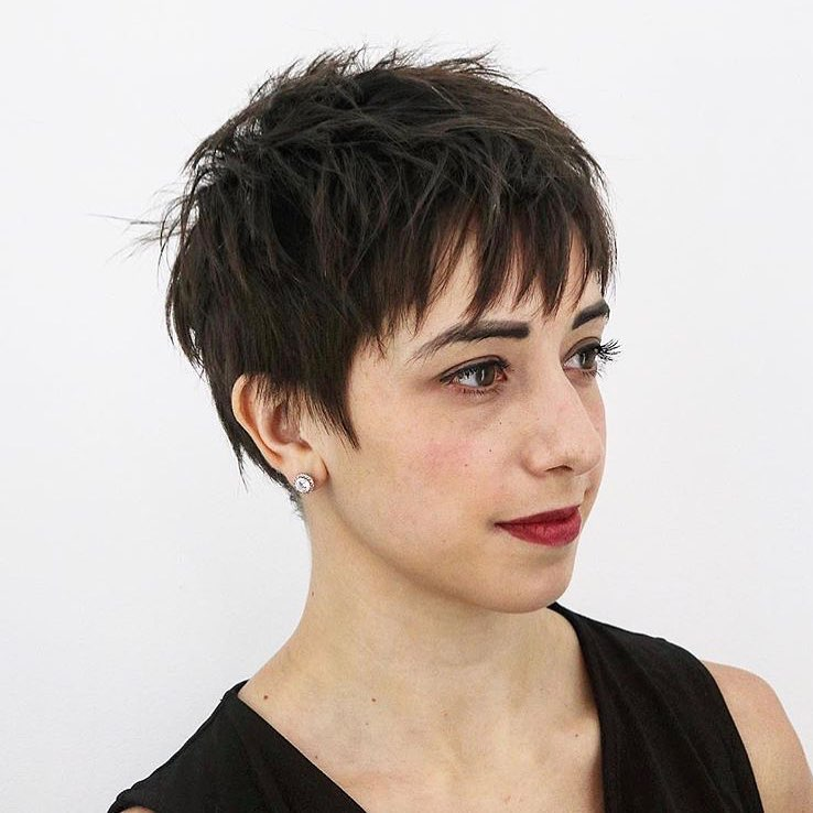 pixie- with-movement-short-thick-hair.jp