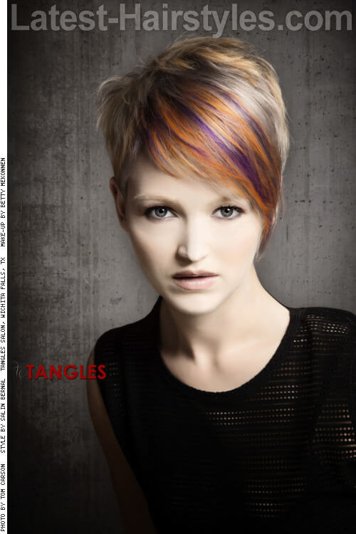 Short-Textured-Pixie-with-Fringe-and-Hig