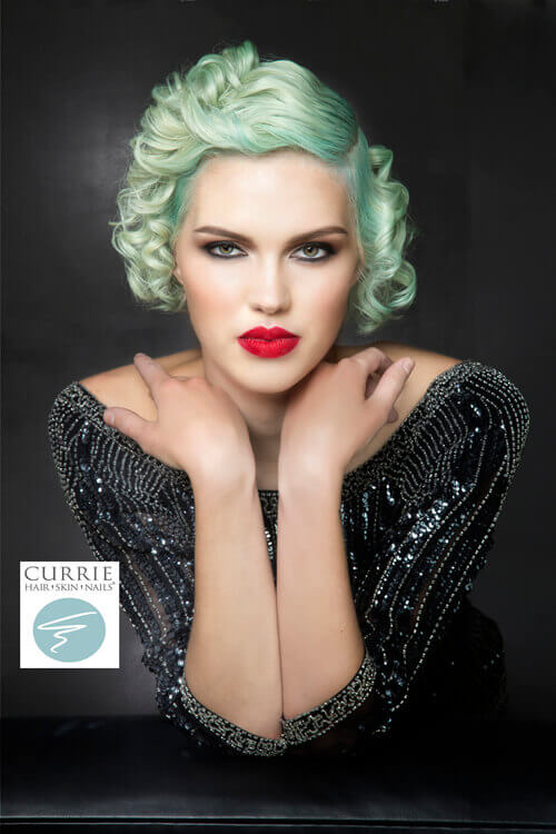 Vintage-Short-Hairstyle-with-Minty-Paste