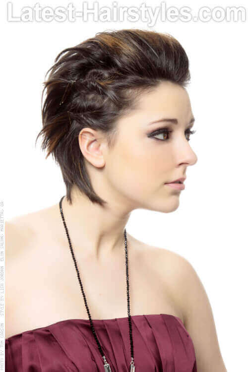 Short-Edgy-Hairstyle-with-Twists-Side-Vi