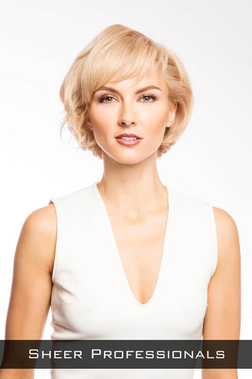 Short-Hairstyle-with-Fringe-and -Volume.