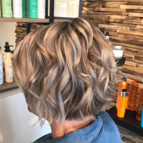 cute-haircut-for-wavy-hair-500x500.jpg
